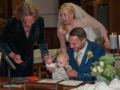 maaike trouwt trouwambtenaar